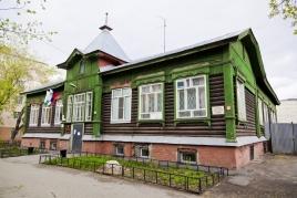 Типовая провинциальная школа, Кирова 78