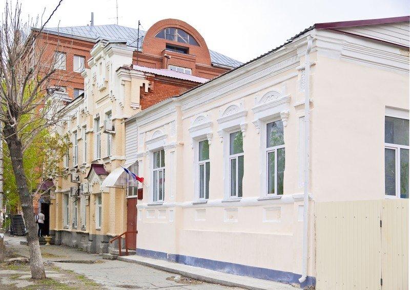Магазин купца В.И.Окладовикова, ул.Советская, 105