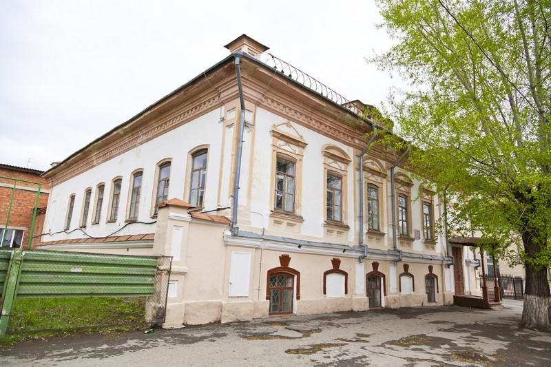 Дом купца Г.Т.Харламова, ул. Советская, 132