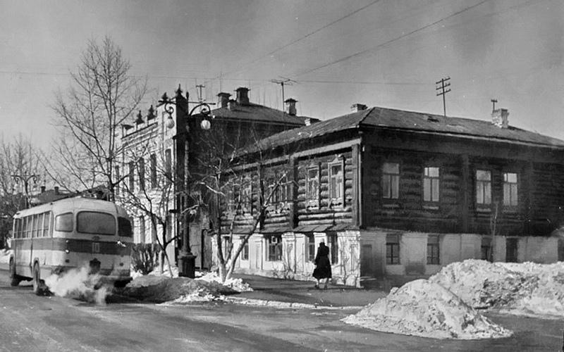 Жилой дом Я.Н.Стрельникова, ул.Советская, 143