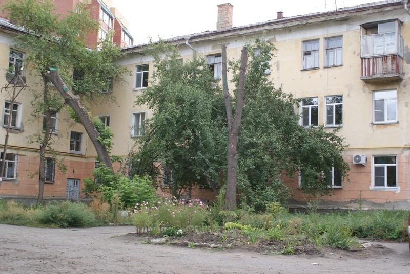 Памятник Карлу Марксу (демонтирован), ул. Красина, 67