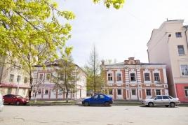 Здание конфетной фабрики Е.А. Пономарёвой, ул. Пушкина, 114, 114А, 116
