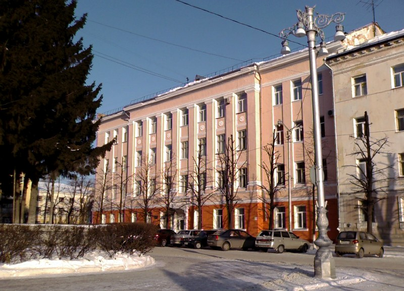 Здание учебного корпуса, ул.Комсомольская, 42