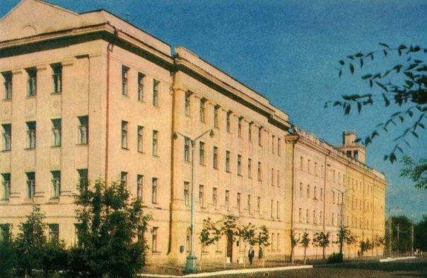 Здания учебного корпуса, ул.Комсомольская, 42, ул.Пушкина, 112