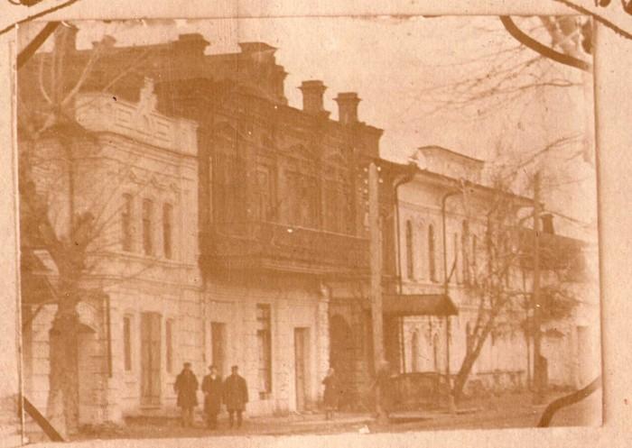 Жилой дом и торговая контора купцов Харламовых, ул.Советская, 119, 121