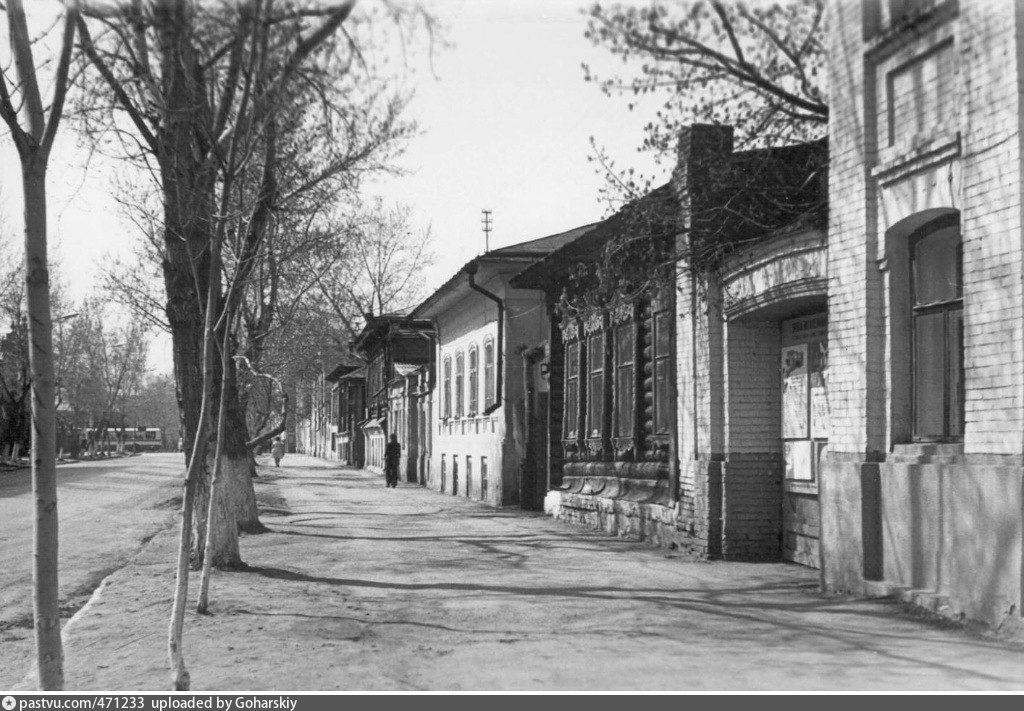 Жилой дом купца В.А.Лаврентьева, ул.Советская, 141