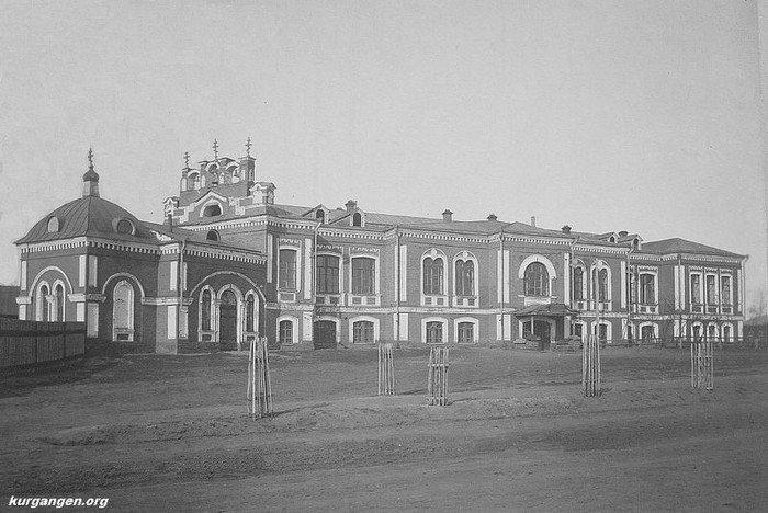 Городская больница с Пантелеймоновской церковью, в дальнейшем казармы гарнизона